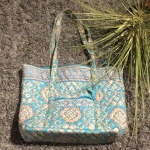 Vera Bradley Hand Bag